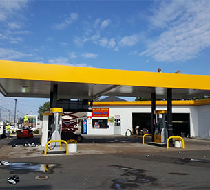 Whether it's a reimage of one gas station or hundreds, SARLO Corporation is the right choice. Leverage our industry relationships, experience and skilled workforce to get the best result possible from your gas station conversion.